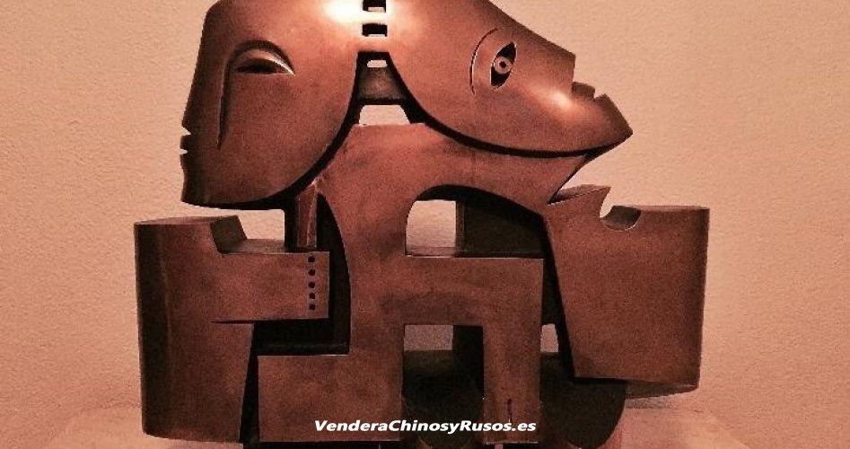 Escultura de bronce del prestigioso Artista Leandro mbomio