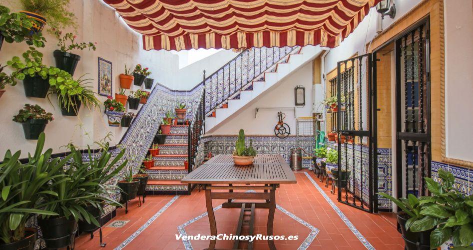 Bar con vivienda en Cantillana - Sevilla